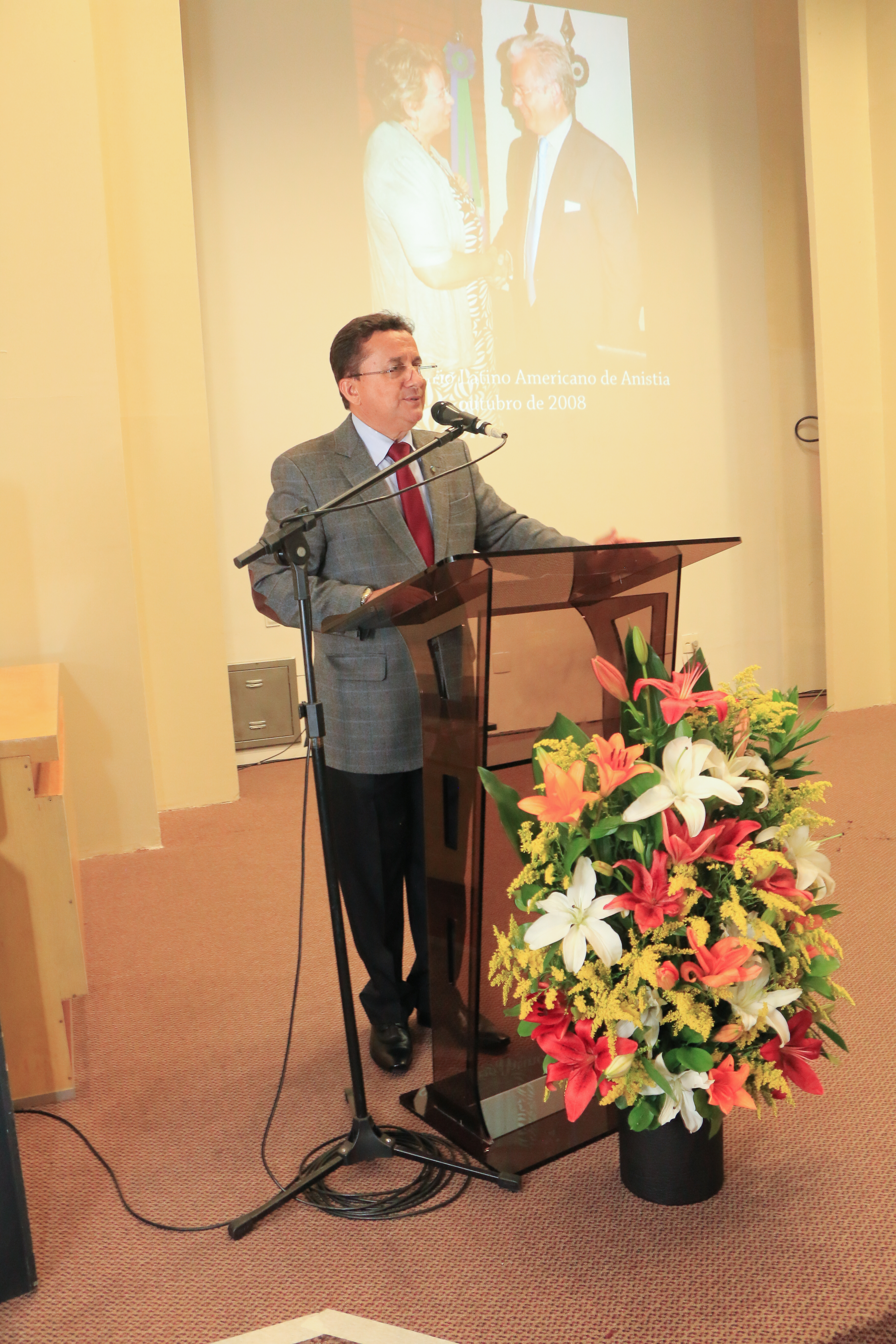 Ministro Enaildo Viana - diretor de radiodifusão, que apresentou o evento